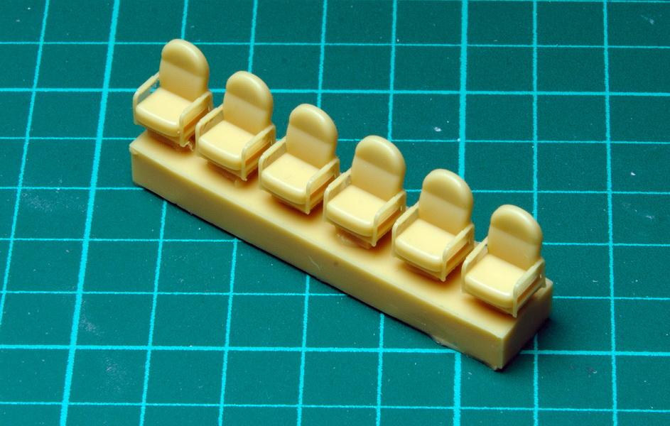 RF72051_Sikorsky_S-43_pieces.jpg